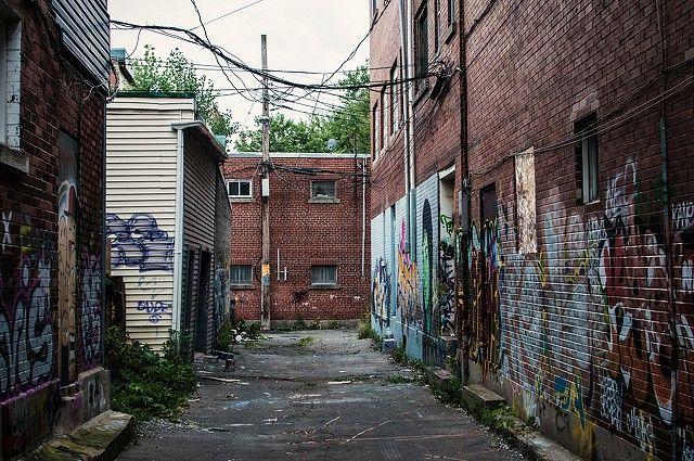 street-graffiti-city-corner-4288x2848_20011.jpg